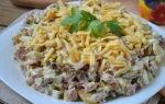 Вкусные салаты с жареными опятами: фото и рецепты блюд с грибами для праздничного стола