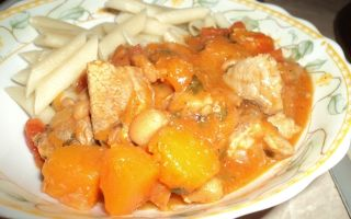 Тыква с грибами и мясом в духовке и мультиварке