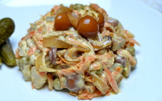 Салаты с жареными опятами: фото и рецепты приготовления вкусных закусок из грибов