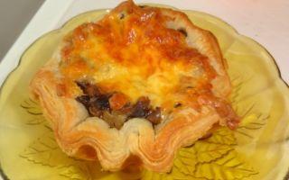 Жульен с курицей и грибами в слоеном тесте: фото, рецепты, как приготовить жульен