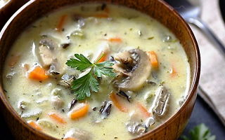 Как приготовить суп из белых свежих грибов: рецепты с курицей, мясом и другими ингредиентами
