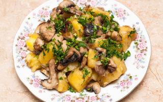 Жаркое с шампиньонами, картофелем и мясом: рецепты блюд в горшочках, мультиварке и на сковороде