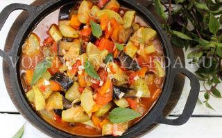 Соте из баклажанов и кабачков на зиму — рецепт приготовления с пошаговыми фото