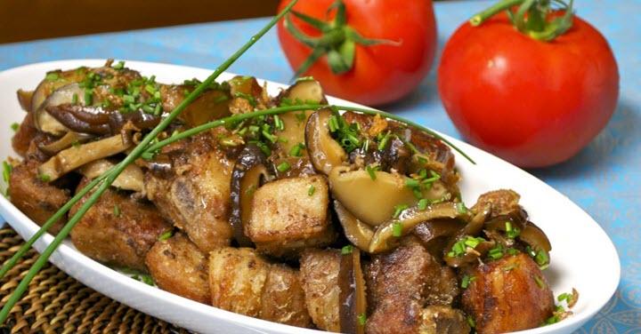 вкусно приготовить свинину с грибами