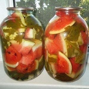 Маринованные арбузы с лимонной кислотой на зиму - простой пошаговый рецепт