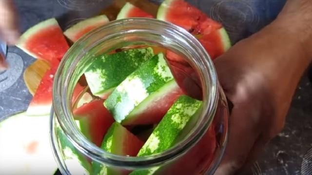 Компот из арбуза без стерилизации на зиму - вкусный рецепт с пошаговыми фото