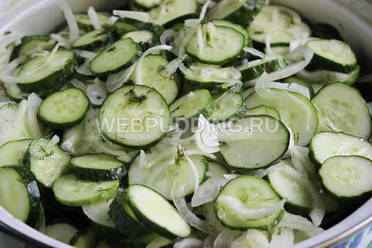 Салат из огурцов на зиму «Зимний король» - пошаговый рецепт с фото
