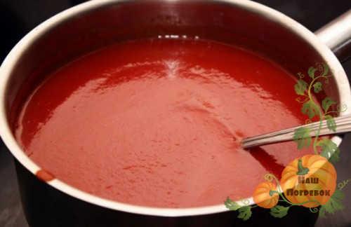 Салат из огурцов в томате на зиму - пошаговый рецепт с фото