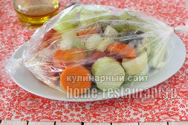 Кабачковая икра в духовке в рукаве на зиму - рецепт с пошаговыми фото