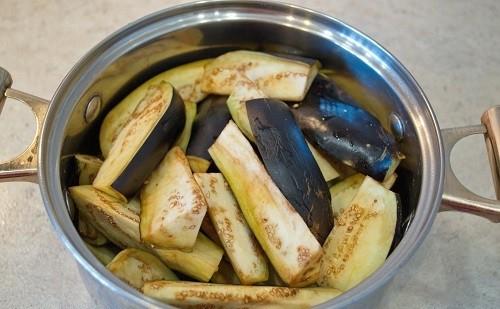 Баклажаны в томате на зиму - рецепт приготовления с пошаговыми фото