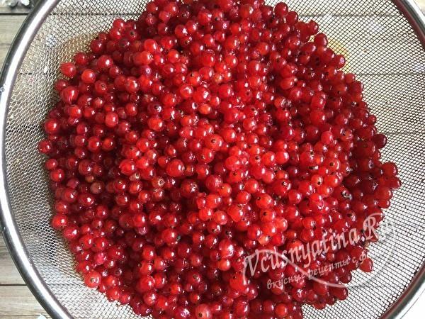 Густое желе из красной смородины пятиминутка на зиму - простой пошаговый рецепт