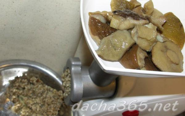 Грибная икра через мясорубку на зиму - 5 рецептов с фото пошагово