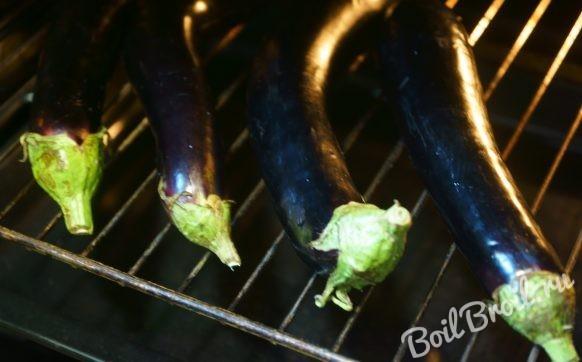 Икра из запеченных баклажанов на зиму - рецепт с пошаговыми фото