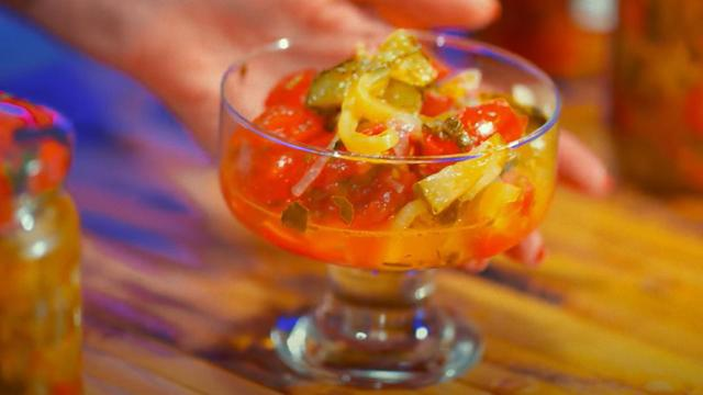 Огурцы с помидорами на зиму - пошаговый рецепт приготовления