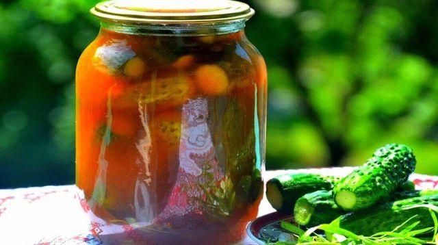 Засолка огурцов с кетчупом на зиму - 21 рецепт хрустящих огурцов в банках с пошаговыми фото
