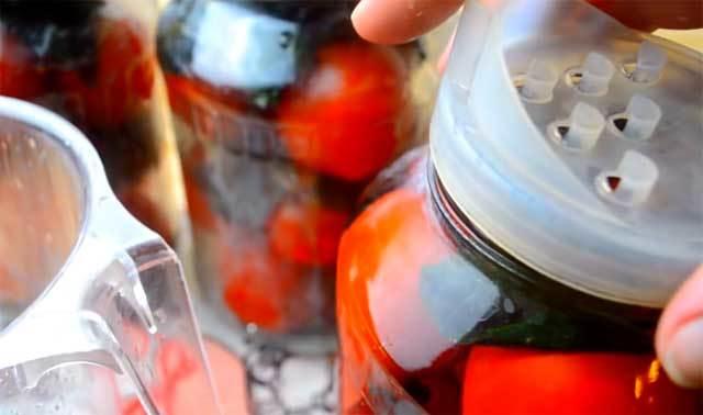 Жареные помидоры с базиликом на зиму - простой рецепт от автора пошагово