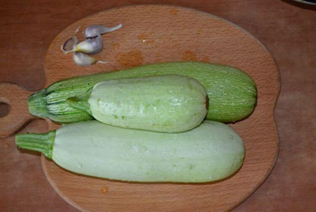 Кабачковая икра с майонезом на зиму - рецепт с фото пошагово