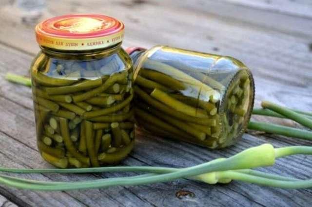Стрелки чеснока на зиму - 18 рецептов приготовления с пошаговыми фото