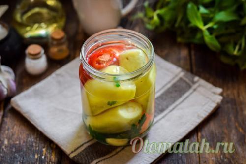 Перец в масле с чесноком на зиму - 5 лучших рецептов с фото пошагово