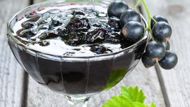 Джем из черной смородины и крыжовника на зиму - простой пошаговый рецепт