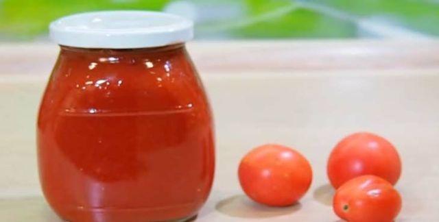 Помидоры в томатной пасте на зиму с уксусом - рецепт с пошаговыми фото