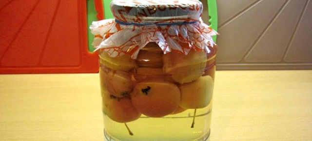 Компот из ранеток и вишни на 2-х литровую банку на зиму - рецепт с пошаговыми фото