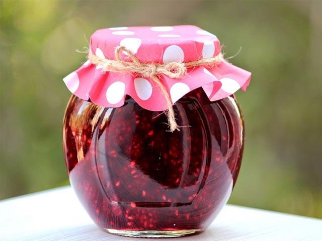 Варенье из малины без варки с целыми ягодами на зиму - простой пошаговый рецепт