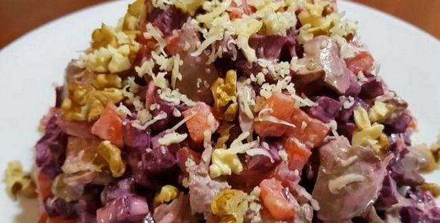 Салат из свеклы «Пальчики оближешь» на зиму - рецепт приготовления с пошаговыми фото