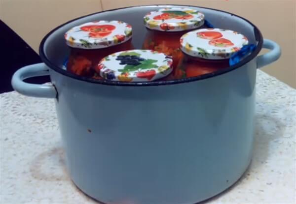 Помидоры по-корейски пальчики оближешь на зиму - рецепт с пошаговыми фото