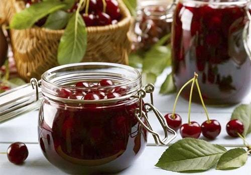 Варенье из вишни пятиминутка с косточками густое на зиму - рецепт с пошаговыми фото