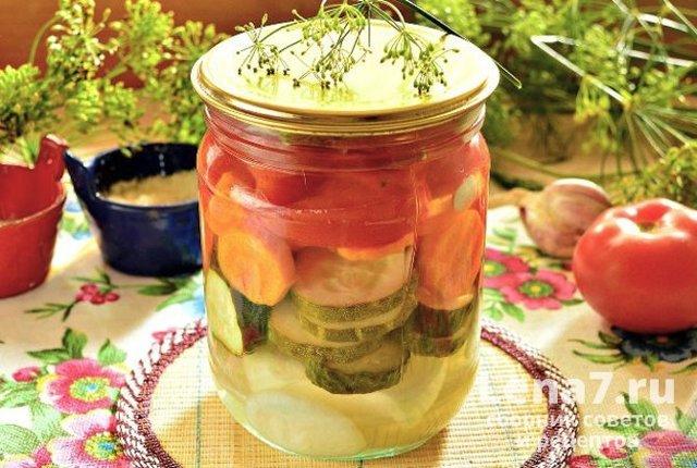 Салат на зиму из огурцов, помидоров, лука - 5 рецептов с фото пошагово