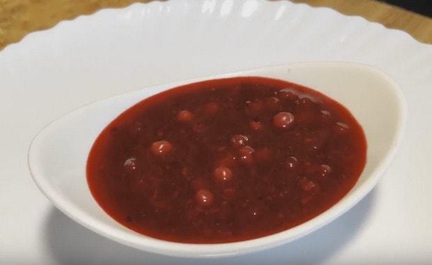 Брусничный соус с вином на зиму - рецепт с пошаговыми фото
