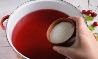 Компот из вишни на зиму в банках - пошаговый рецепт приготовления с фото