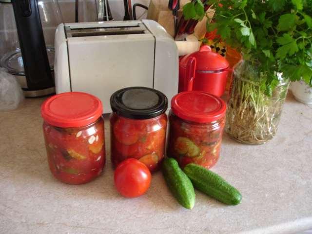 Огурцы в томатной заливке на зиму - рецепт с пошаговыми фото
