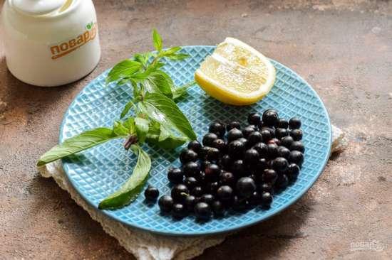 Компот из красной смородины с мятой и лимоном на зиму - простой рецепт от автора