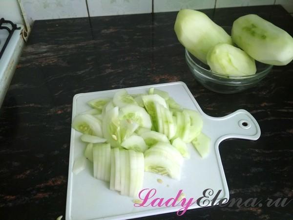 Салат из огурцов на зиму по-корейски - рецепт с пошаговыми фото