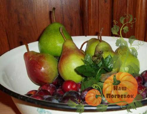 Компот из ранеток и груш на зиму - рецепт на 3-х литровую банку с пошаговыми фото