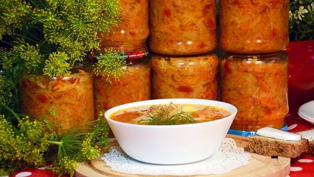 Зажарка из моркови и лука на зиму - простой пошаговый рецепт