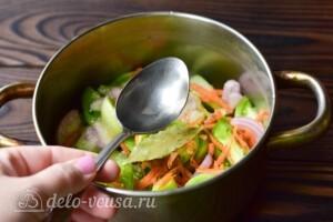 Салат Дунайский с зелеными помидорами и болгарским перцем на зиму - простой и вкусный рецепт с фото