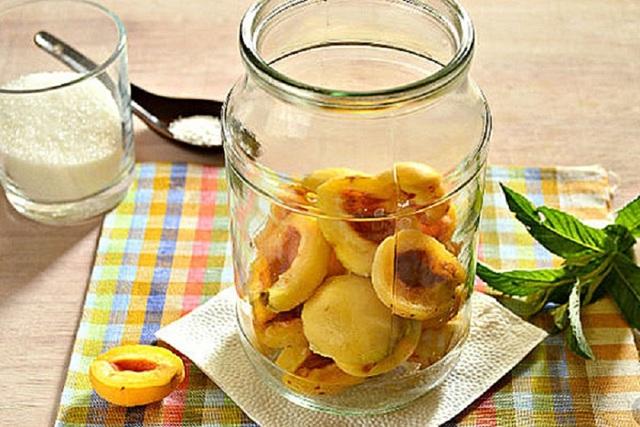 Компот из абрикосов без стерилизации на зиму - 16 рецептов на 3-х литровую банку с пошаговыми фото