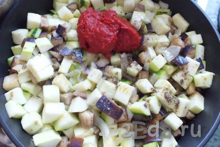 Салат из кабачков и баклажанов на зиму - рецепт с пошаговыми фото