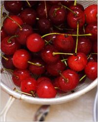 Компот из черешни с косточками на зиму - 20 рецептов простых и вкусных с пошаговыми фото