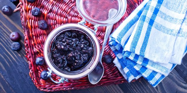 Компот из черники в банке на 2 литра на зиму - рецепт с пошаговыми фото