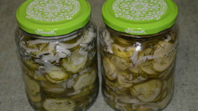 Салат Нежинский из огурцов и помидоров на зиму - пошаговый рецепт с фото