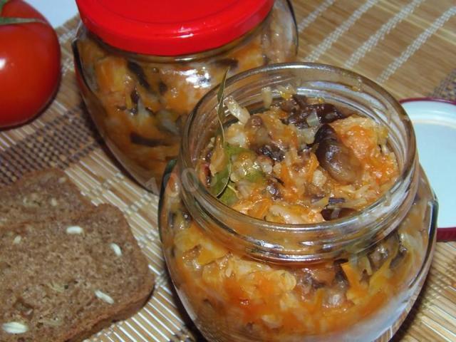Солянка с опятами на зиму - рецепт приготовления с пошаговыми фото