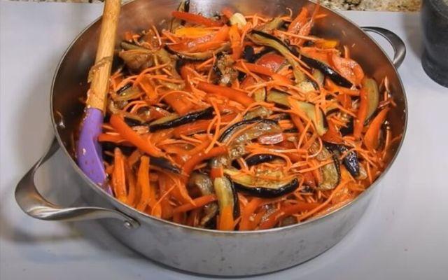 Фаршированные баклажаны по-корейски на зиму - рецепт приготовления с пошаговыми фото