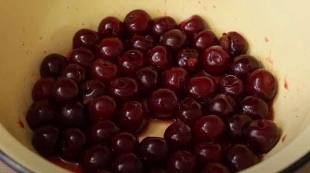 Варенье из вишни без косточки на зиму - 5 простых рецептов с фото пошагово