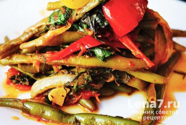 Салат из стручковой фасоли и баклажан на зиму - простой пошаговый рецепт