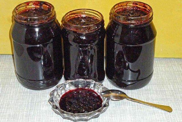 Черника в собственном соку с сахаром без варки на зиму - рецепт с пошаговыми фото