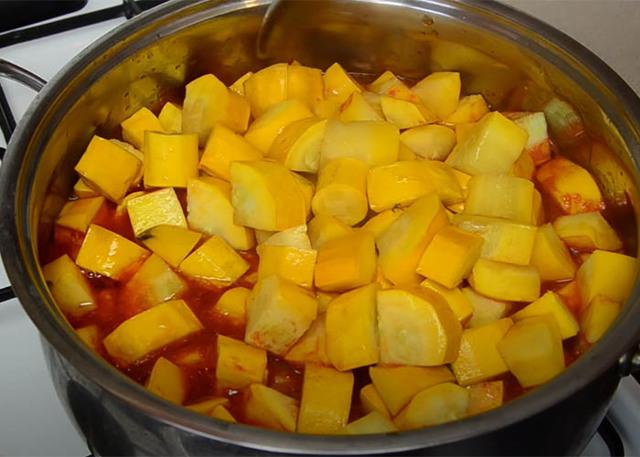 Салат из кабачков с кетчупом на зиму - рецепт с пошаговыми фото